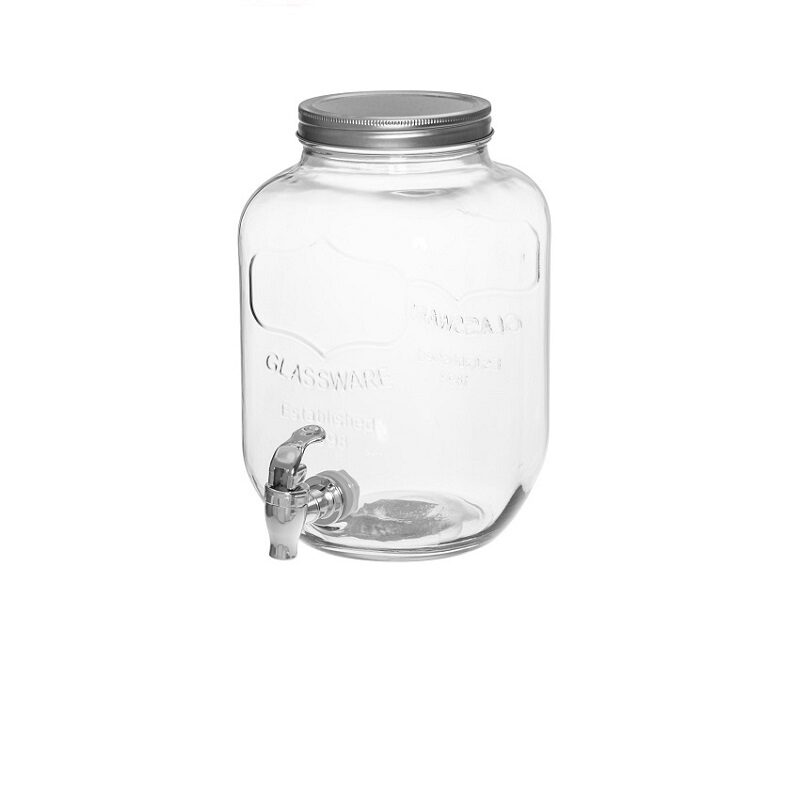 Kraaniga klaaspurk joogi serveerimiseks