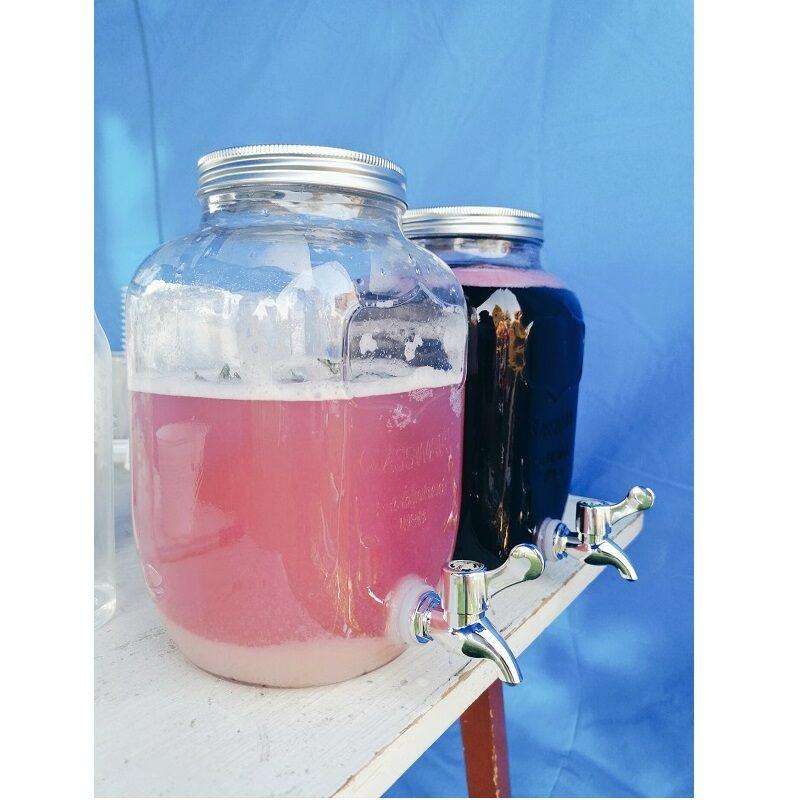 Kraaniga klaaspurgid peole