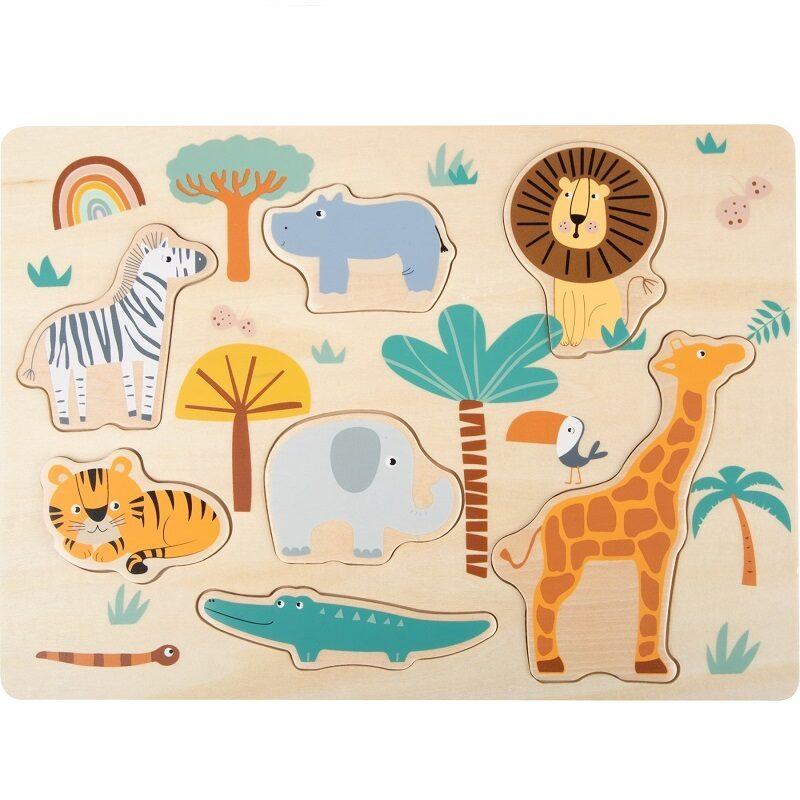 Safariloomadega puidust pusle