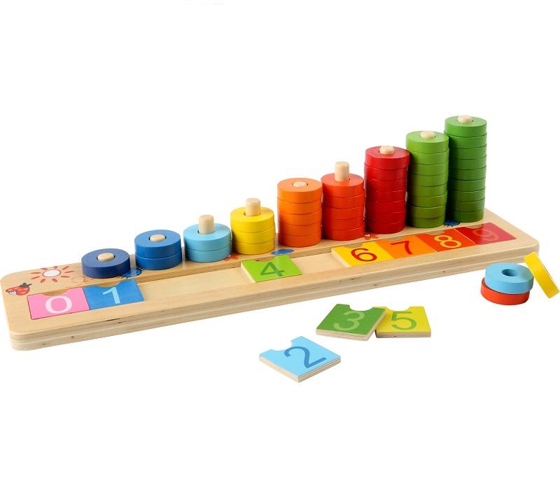 arvutusmäng puidust rõngastega