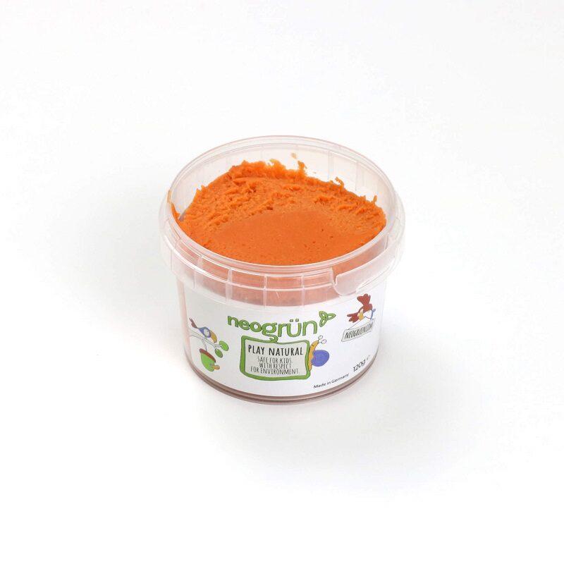 Oranž plastiliin lastele