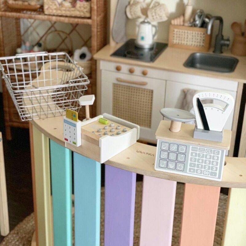 Puidust köögikaal lastele
